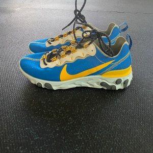 Nike Shoes - Nike React Element 55 Sneakers